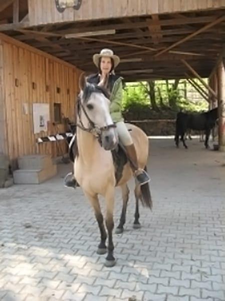 Montserrat Daemisch-Falgueras LG-Zaum, Pferd eingeritten